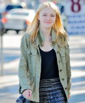 Dakota Fanning / Michael Sheen - Imagenes/Videos de Paparazzi / Estudio/ Eventos etc. - Página 2 E8b834105442531