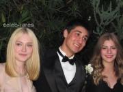 Dakota Fanning / Michael Sheen - Imagenes/Videos de Paparazzi / Estudio/ Eventos etc. - Página 4 1d5ad7140870811